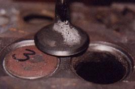 Клапан двигателя внутреннего сгорания до наплавки